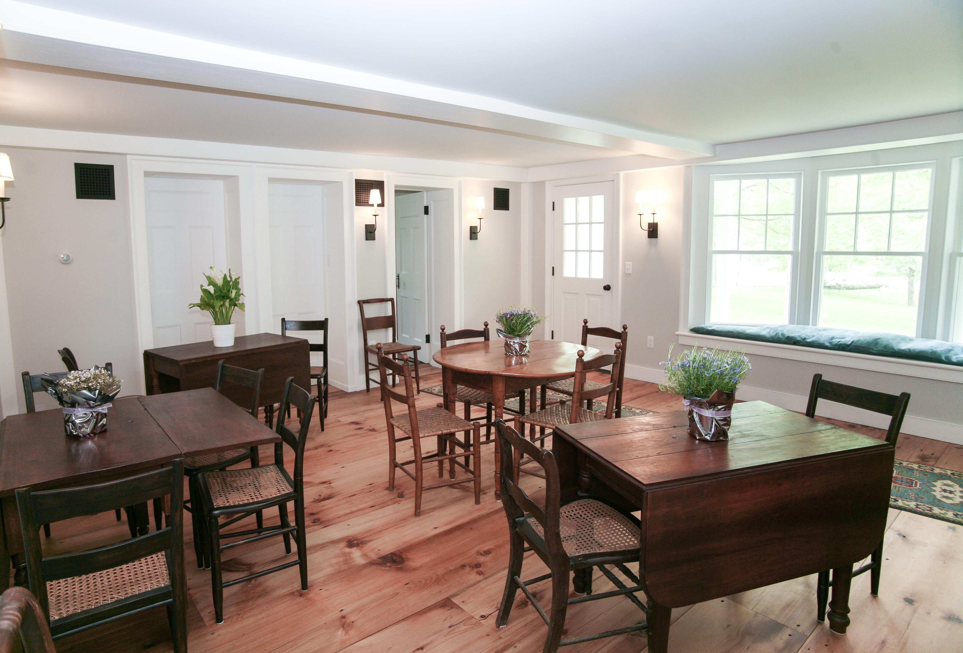 Breakfast Room at New Concord B&B