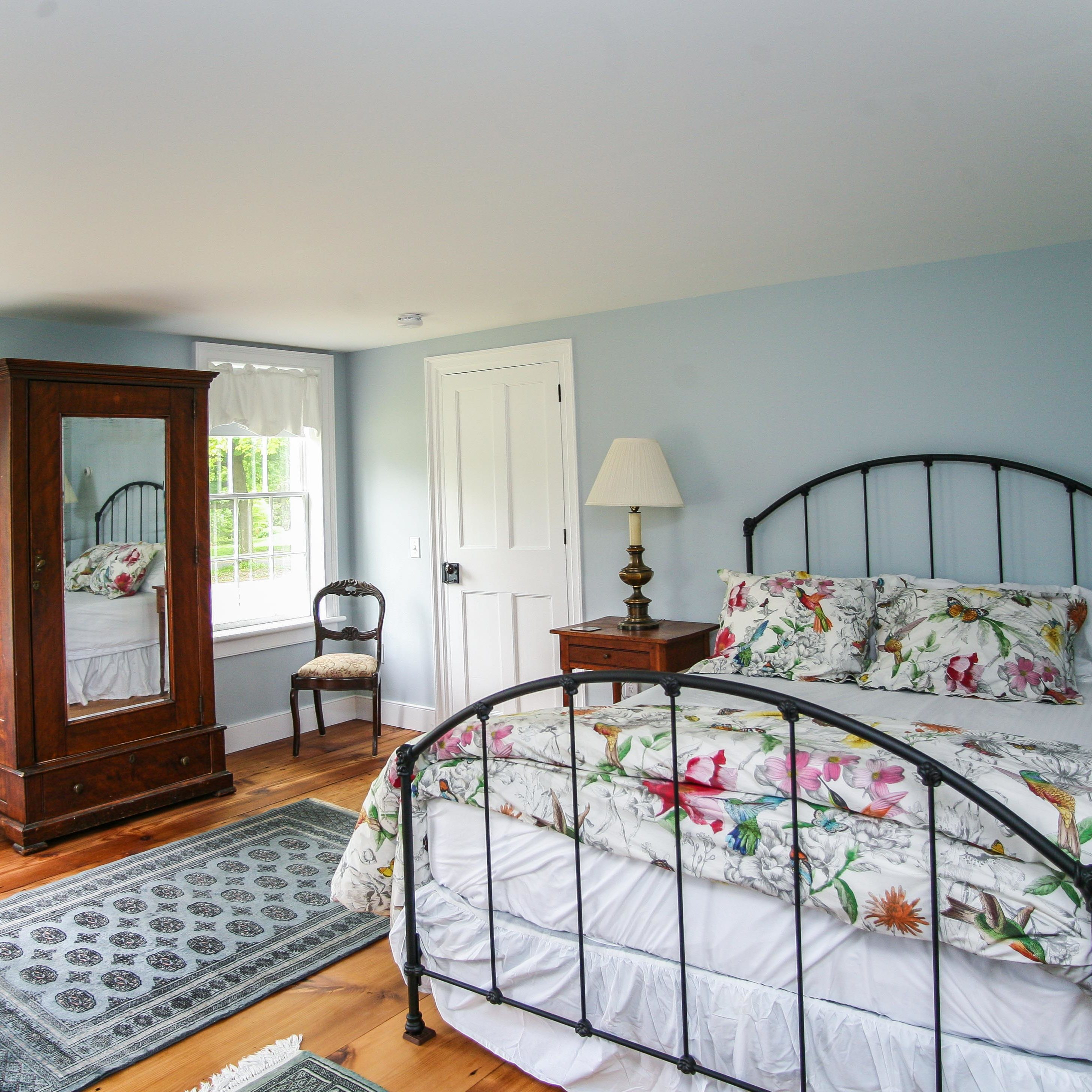 Lovejoy Room at the New Concord Bed & Breakfast